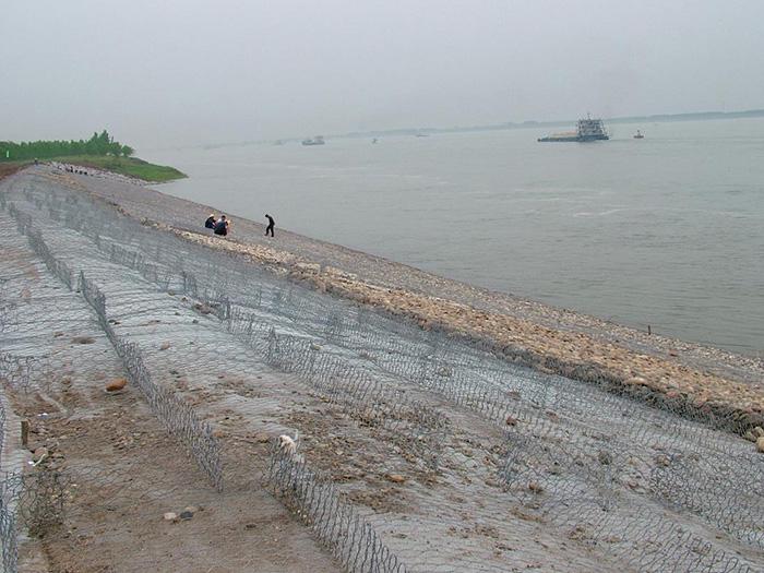 步鑫河道石笼网工程案例