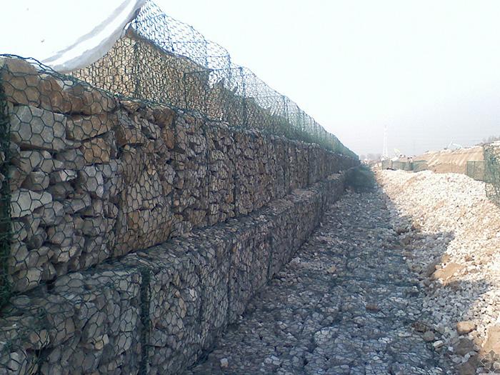 步鑫石笼网工程案例